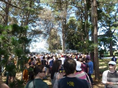 Harvest Festival 2011 - bar queue