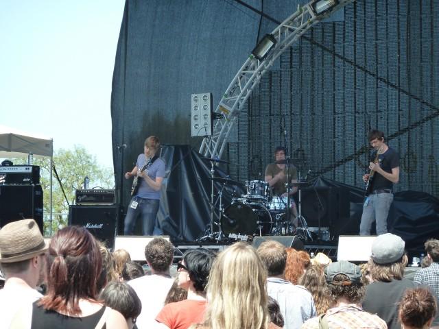 Harvest Festival 2011 - The Town Needs Guns